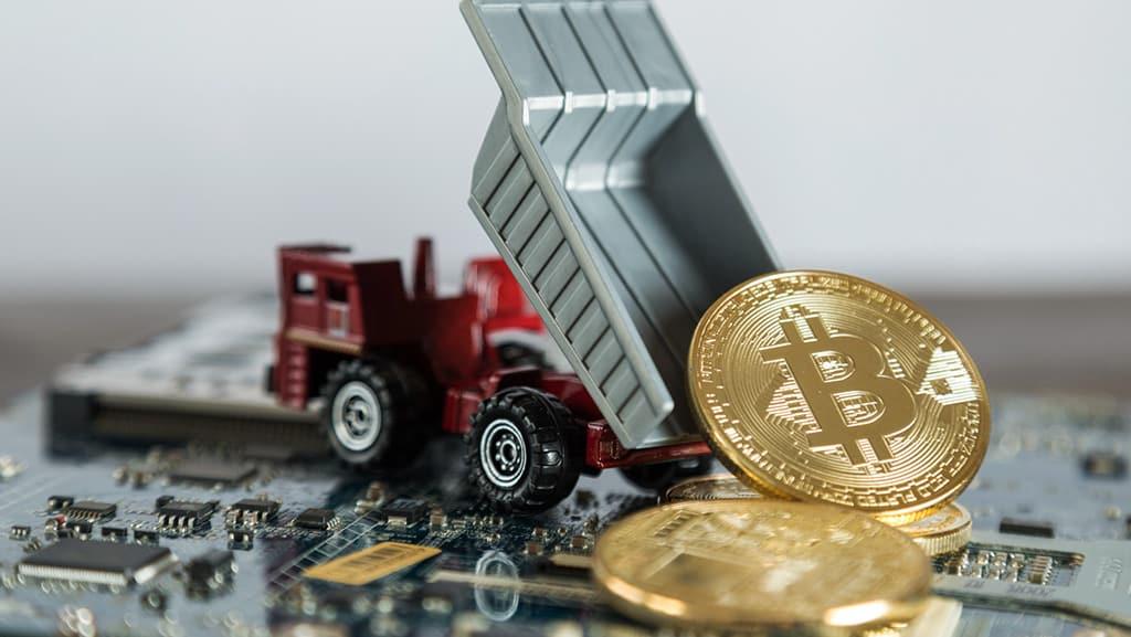 سقوط بیت کوین به دلیل فروش کوین توسط ماینرها